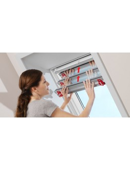 Montaža senčil za strešna okna Velux - DKL